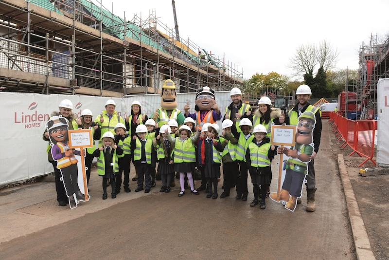 Marksbury Road pupils at the Galliford try building site