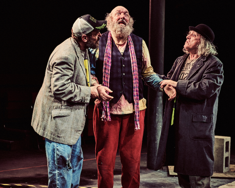 Review: Waiting for Godot, Tobacco Factory theatre